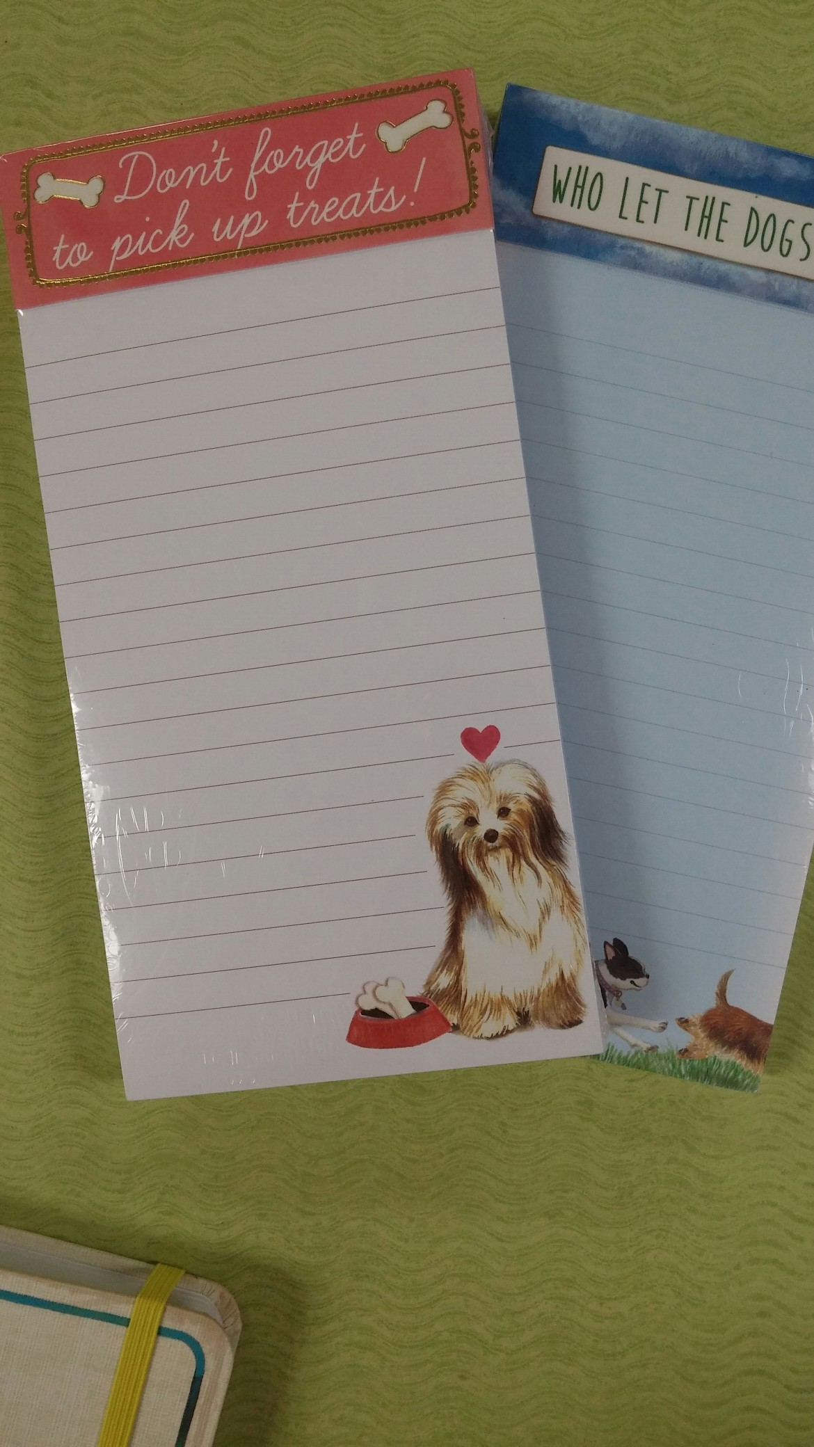 Dog Design Holiday Notepads